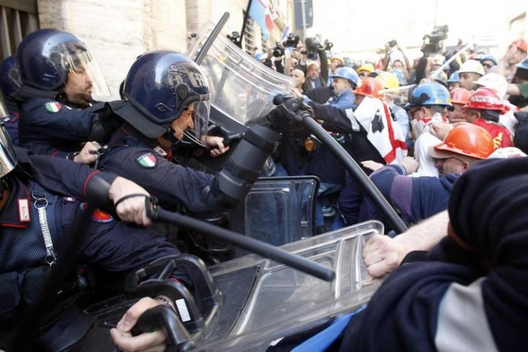 Ministero sviluppo economico - protesta alcoa
