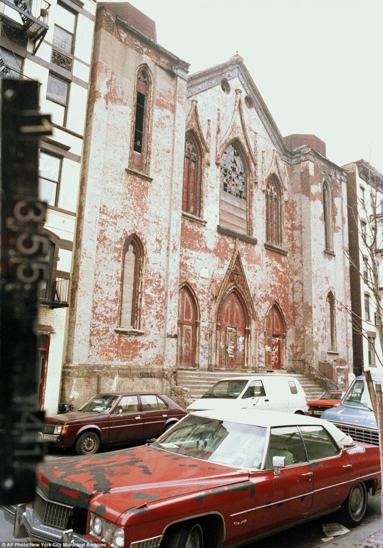 Anni '80: come appariva 172 di Norfolk Street, oggi casa della Angel Orensanz Foundation