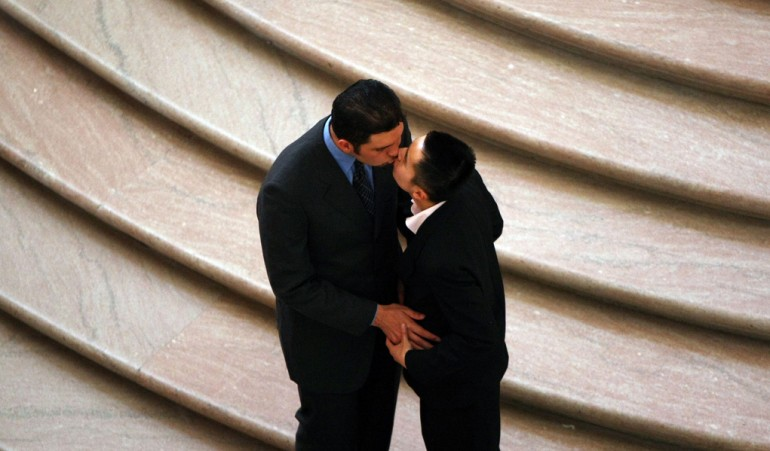 La coppia gay che si sposa in chiesa a Savona