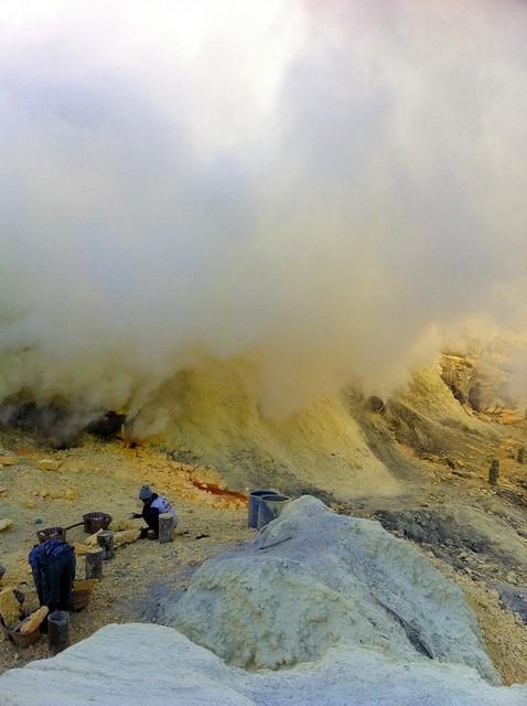 Volcano23