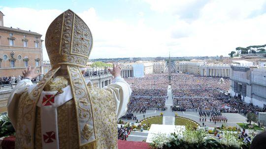 Abbiamo ancora bisogno del Papa?
