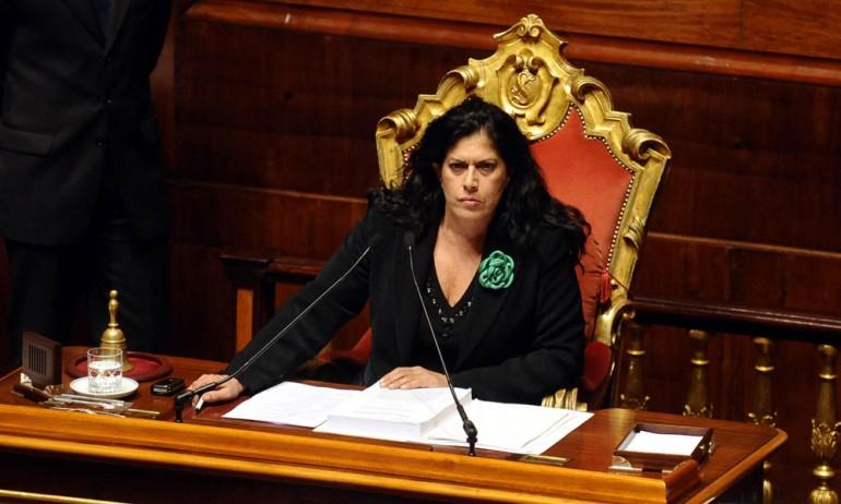 """""""Rosy Mauro non è sfiduciabile"""""""