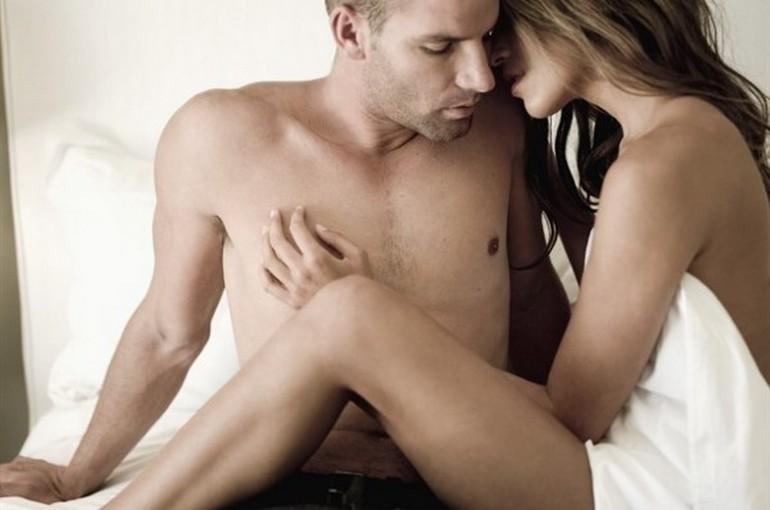 filmati di sesso sesso sfrenato a letto