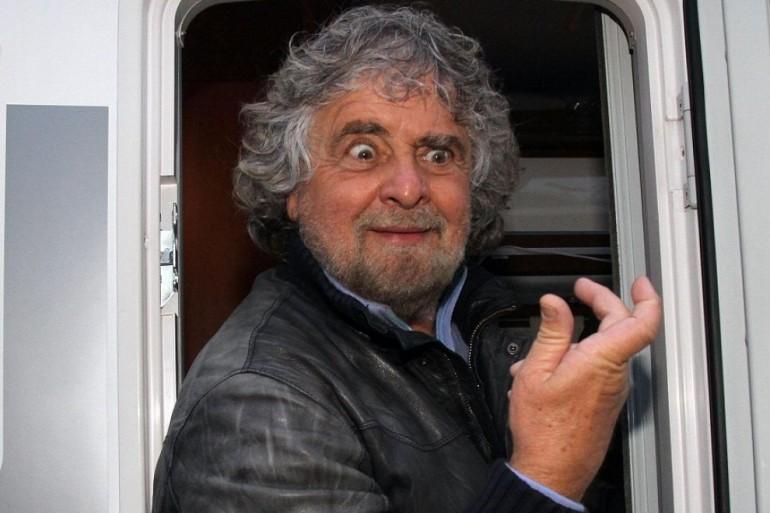 Beppe Grillo contro l'Unità