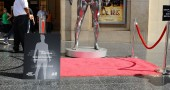 H&M Celebrates New David Beckham Ad Campaign With Statue Stunt - Los Angeles