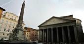 Il Pantheon nella tempesta. Agosto 2005. Roma.