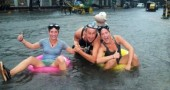 funny-flood-photos-15