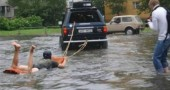 funny-flood-photos-34