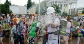 moscow-water-fight-17