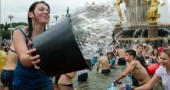 moscow-water-fight-39