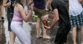moscow-water-fight-6