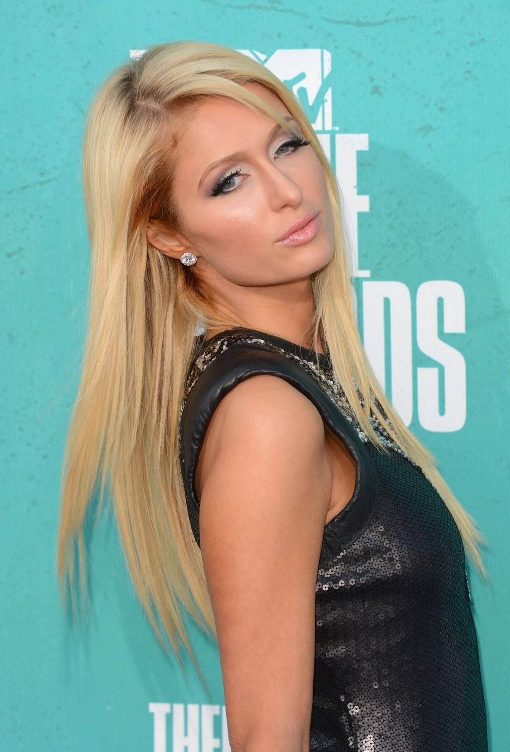 La registrazione omofoba di Paris Hilton