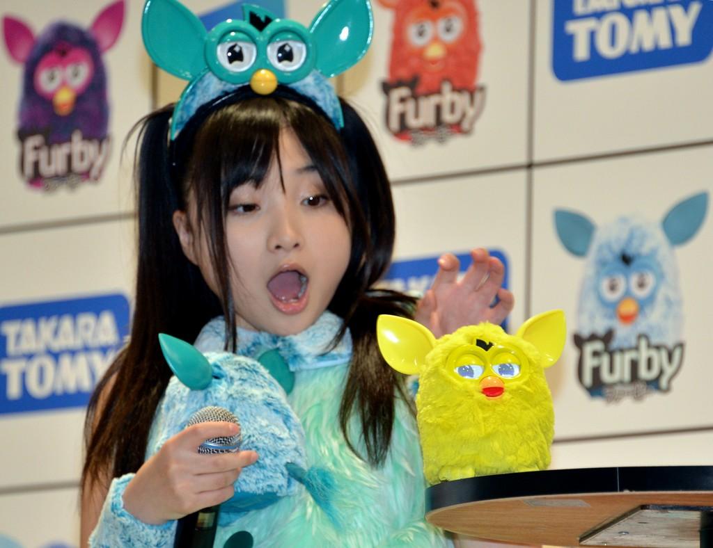archives  tutti pazzi per il nuovo furby japan us company toy robot hasbro