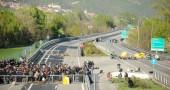 Blocco autostra A32 Torino-Bardonecchia per protesta espropri terreni NoTav.