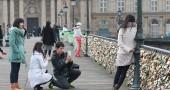 I lucchetti di Moccia infestano Parigi