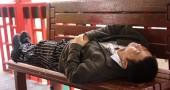 Ma anche dormire troppo fa male: chi dorme più di otto ore a notte rischia problemi cardiovascolari
