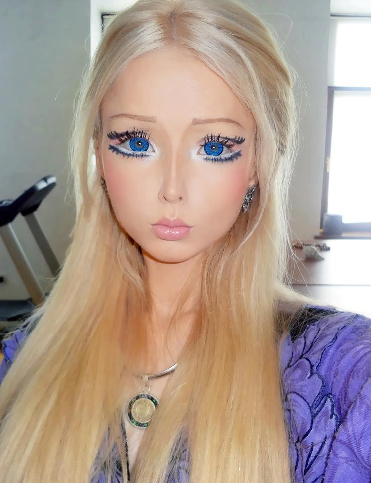 Woman looks like barbie doll
