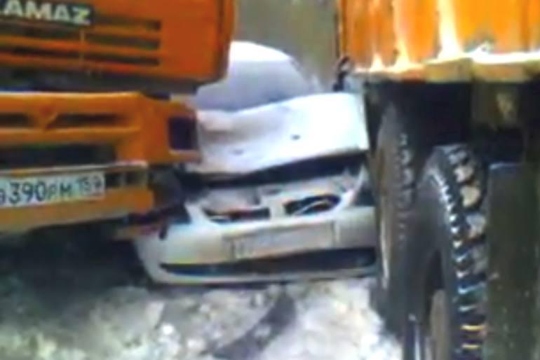 Video dell'incidente da 40 veicoli