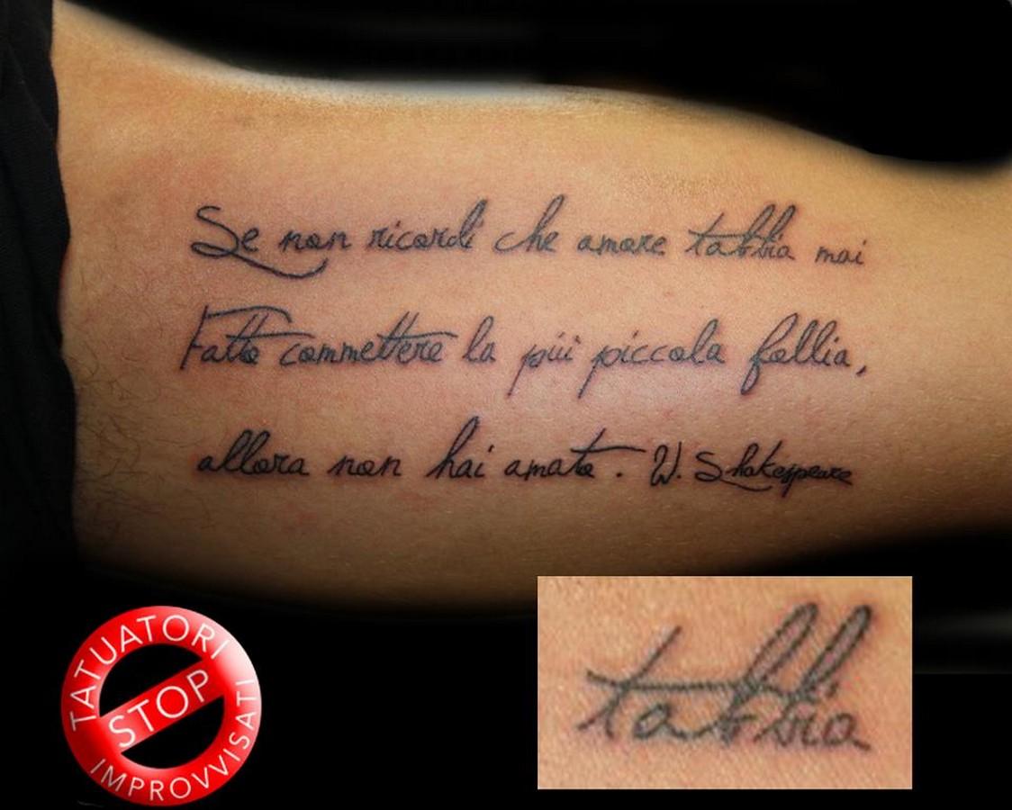 Immagini tatuaggi fiori for Disegni fiori per tatuaggi