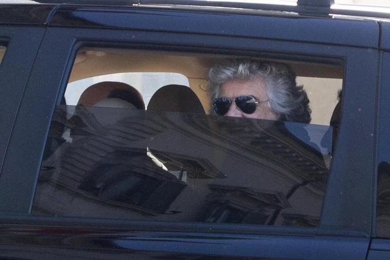 """Beppe Grillo: """"Se votate la fiducia io e Casaleggio ce ne andiamo"""""""