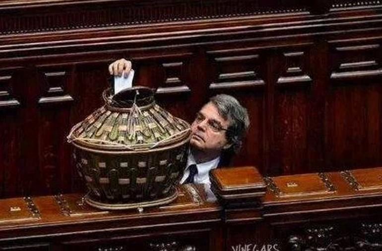 Dario Fo e le battute su Brunetta a La Zanzara