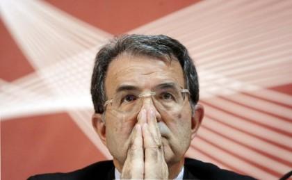 2008: alla seconda crisi di governo Prodi si dimette e si discosta dalla politica italiana