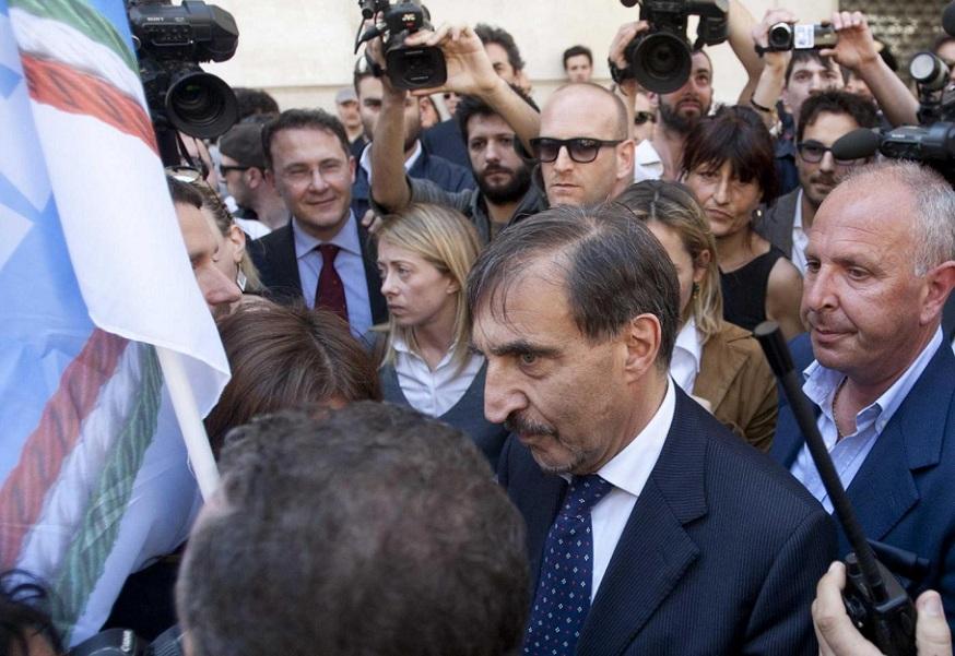 Il centrodestra in piazza contro Prodi