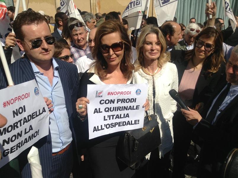Daniela Santanchè alla manifestazione anti-Prodi