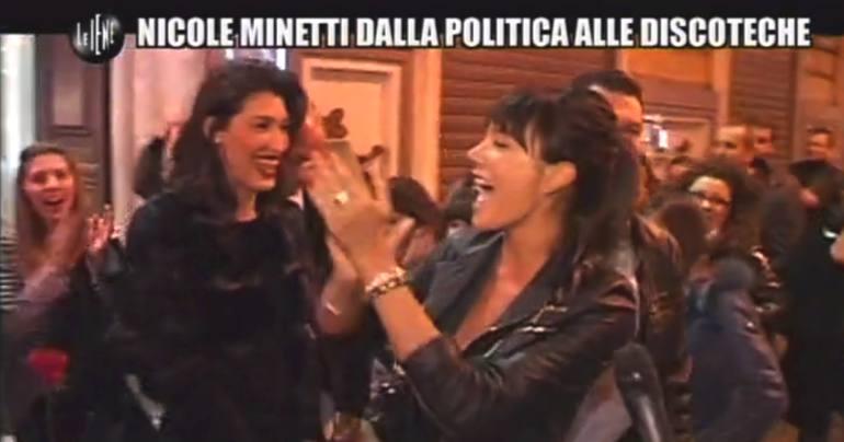 NICOLE MINETTI-LE IENE-4