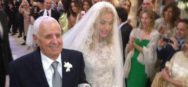 Matrimonio In Diretta : Matrimonio di valeria marini il video della bestemmia in