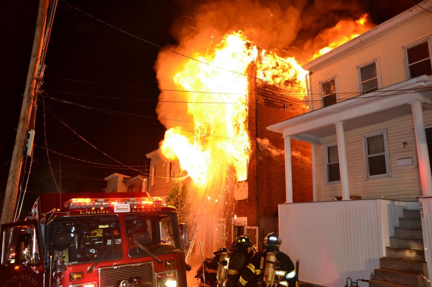 Incendio in una casa a Pottsville, Pennsylvania