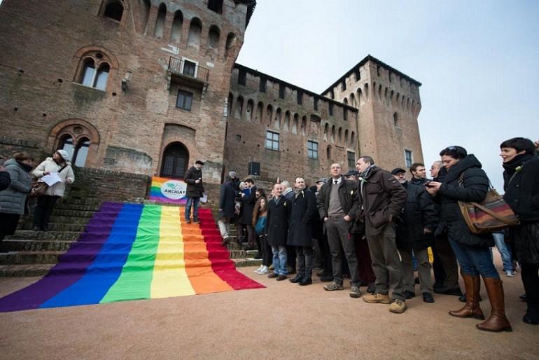 "Milano riconosce le prime ""nozze gay"""