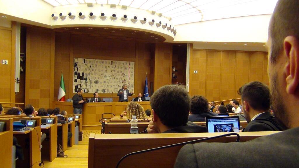 Beppe Grillo a Roma per incontrare i suoi parlamentari