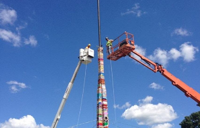 La torre di lego pi alta del mondo giornalettismo for Statua piu alta del mondo