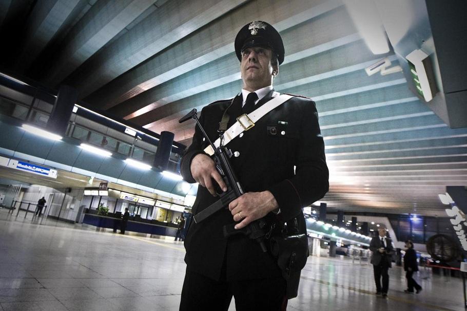 Arresto del dirottatore Kazako sul volo Parigi-Roma
