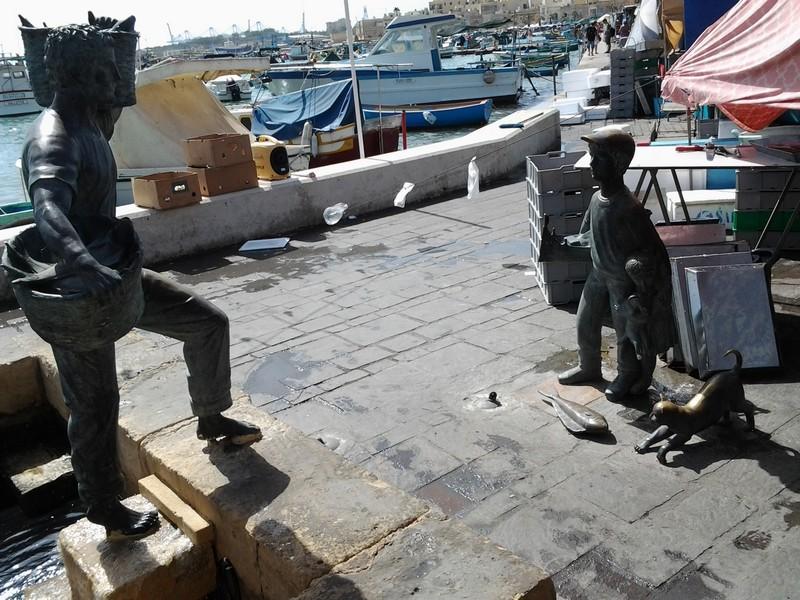 Monumento al pescatore, Marsaxloxx