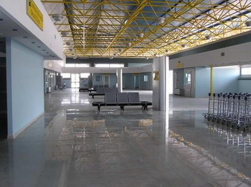 Aeroporto Salerno : Il pasticciaccio dell aeroporto salerno costa d amalfi