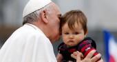 La vera storia dei papi che uccidono i bambini