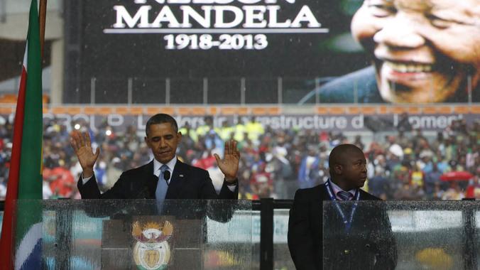 Che beffa! Falso traduttore per non udenti alle Celebrazioni per Mandela  (video)