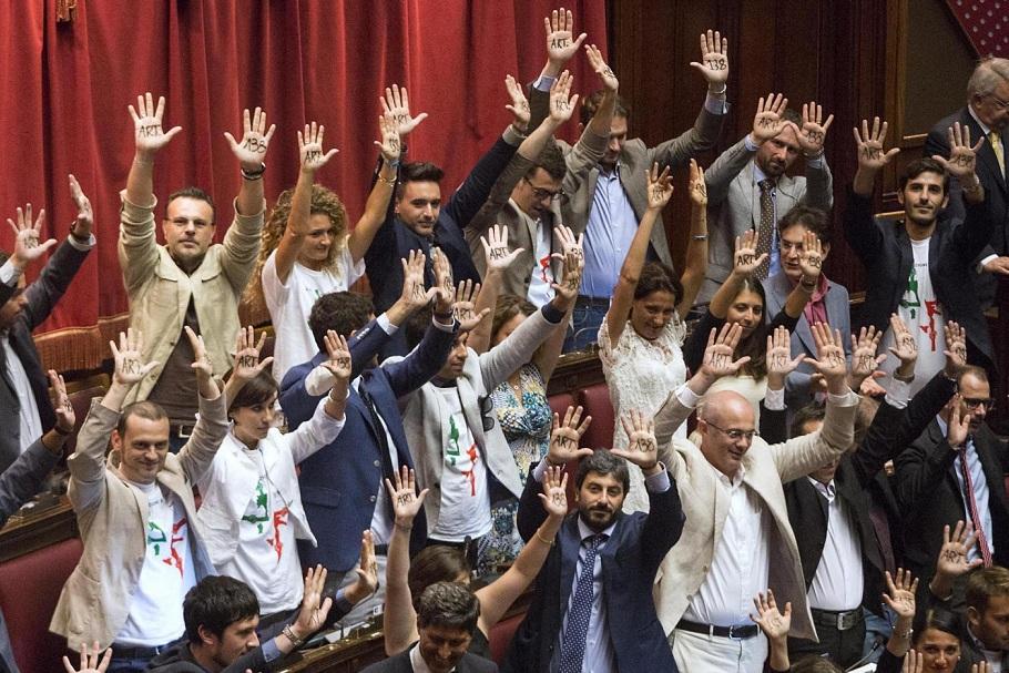 Camera dei Deputati - ddl costituzionale, caos in aula