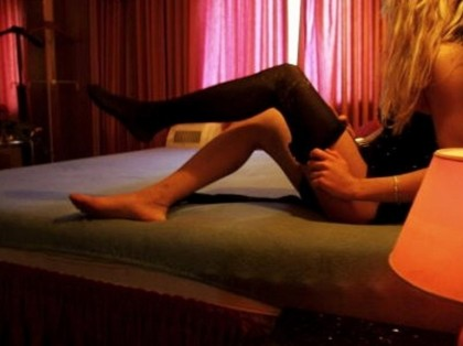 Anna Teresi vigilessa prostituzione Palermo