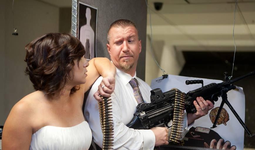 matrimonio fucile mitragliatore pistola 1