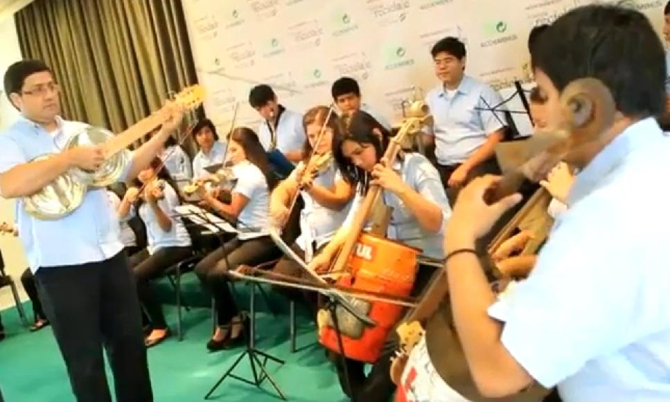 orchestra suona rifiuti 4