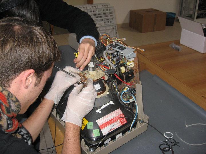 smaltimento-rifiuti-elettronici (7)