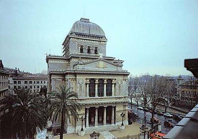 tre teste di maiale sinagoga ambasciata