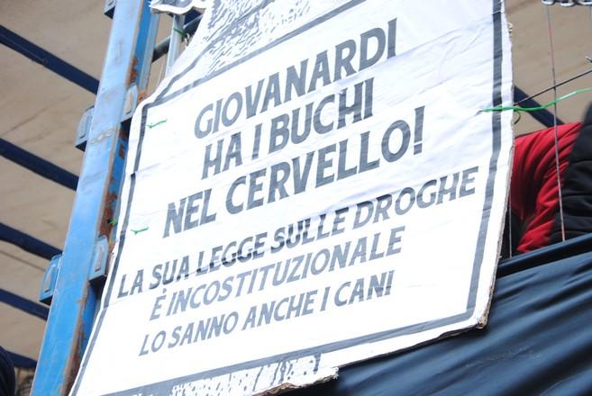 Corte Costituzionale boccia Fini Giovanardi  (9)