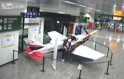 Malpensa manichino uomo velivolo 2