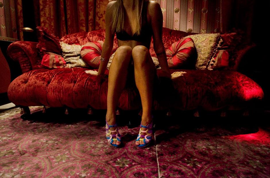 oggetti sex shop hotel con prostitute