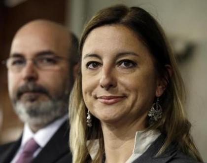 Roberta Lombardi denuncia Laura Boldrini evesivi potenziali stupratori