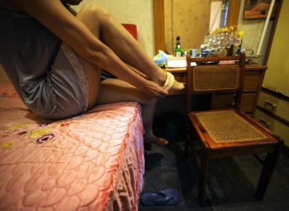 La baby squillo che si prostituiva per aiutare la madre in difficoltà economiche